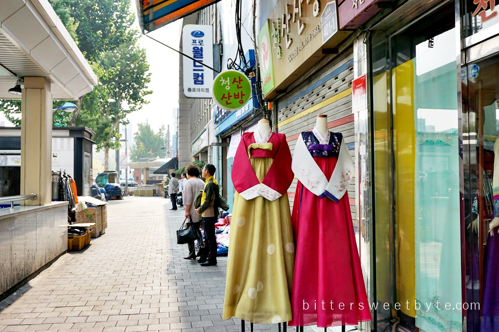 walking around Dongdaemun Seoul