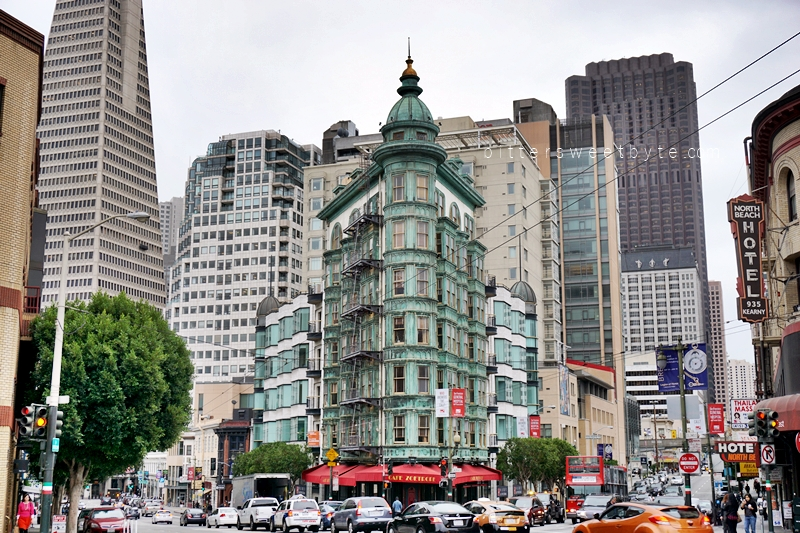 guide to one day tour in San Francisco - Columbus Tower