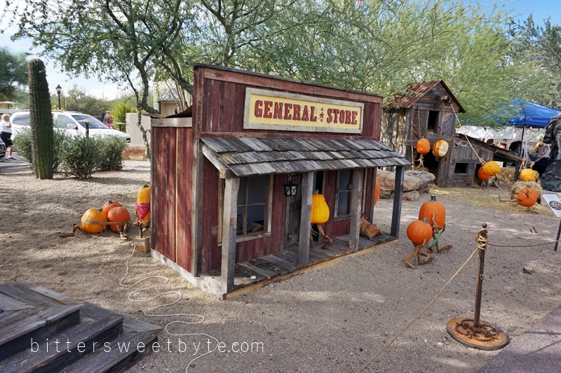 carefree-the-enchanted-town-arizona-halloween-edition036