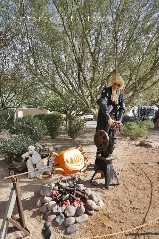 carefree-the-enchanted-town-arizona-halloween-edition049