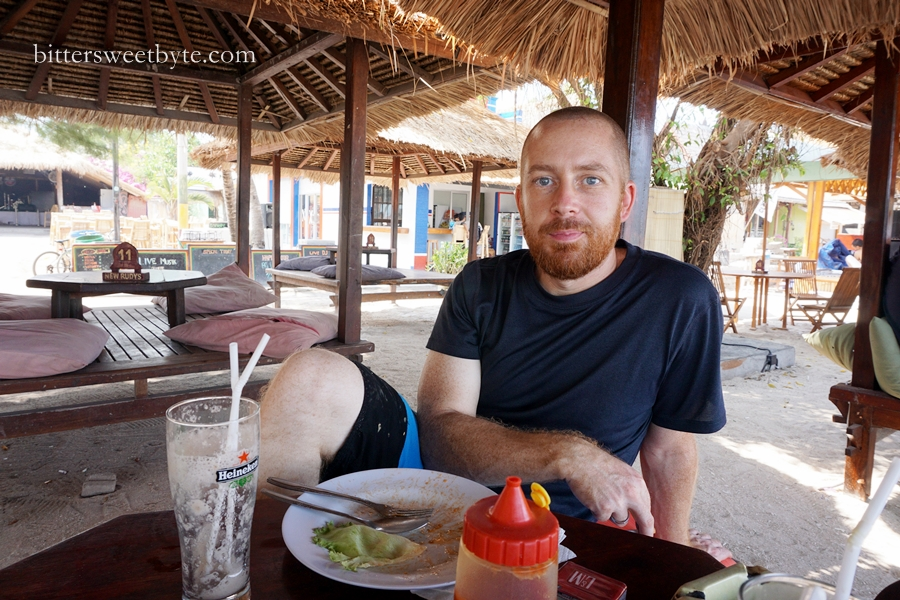 Mike having lunch at gili trawangan