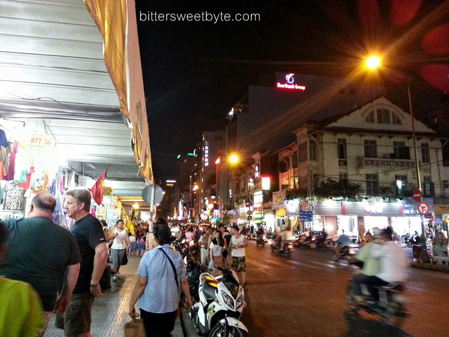 NIGHT IN HO CHI MINH