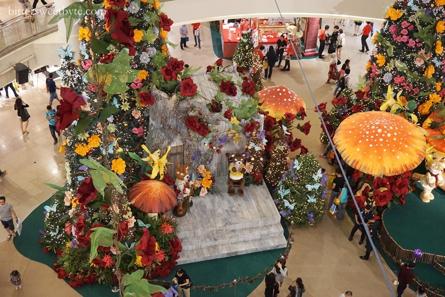 xmas deco in mall 2014 6